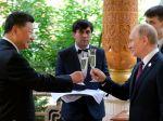 Putin oslávil so Si Ťin-Pchingom jeho 66. narodeniny, daroval mu ruskú zmrzlinu