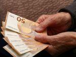 Vianočný príspevok pre niektorých dôchodcov sa zdvojnásobí