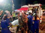 Po páde rozostavanej budovy evidujú desiatky mŕtvych