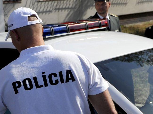 Polícia reaguje na fotografiu, ktorú na internete zdieľali stovky ľudí