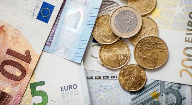 Zamestnávatelia navrhujú výšku minimálnej mzdy na 552 eur