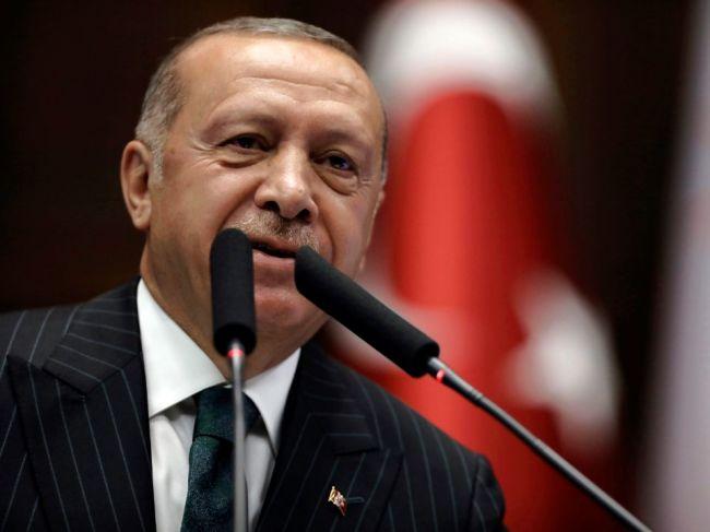 Bojovníci Islamského štátu sa na videu vyhrážali tureckému prezidentovi