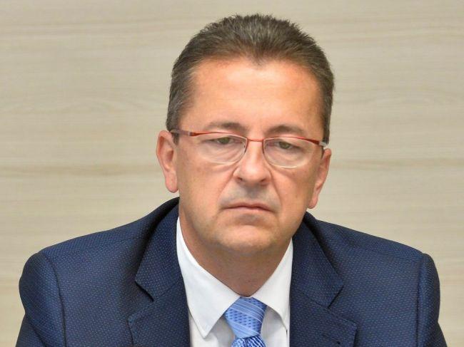 Glváč víta iniciatívu Kresáka, aby sa exprezidentom pozastavili výhody