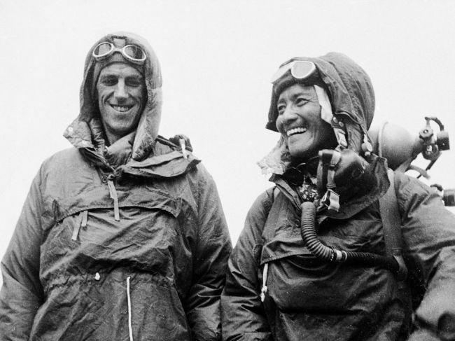 Prvý pokoriteľ Mount Everestu Edmund Hillary sa narodil pred 100 rokmi