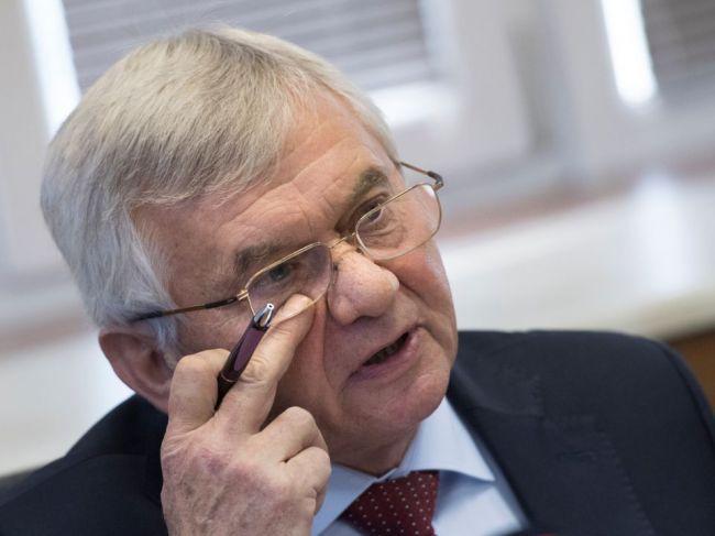 Galek vyzval premiéra, aby odvolal šéfa ÚRSO Ľubomíra Jahnátka
