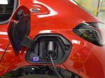 Elektromobily sú nevyhnutné, no pretrvajú aj spaľovacie pohony