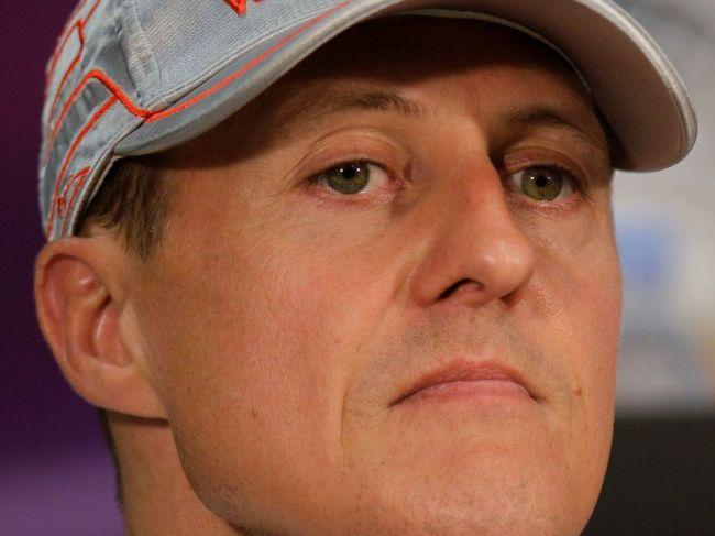 Stav Michaela Schumachera sa zlepšuje