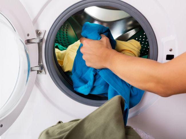 Prečo je dôležité, aby ste kúpené oblečenie oprali predtým, ako si ho prvýkrát oblečiete