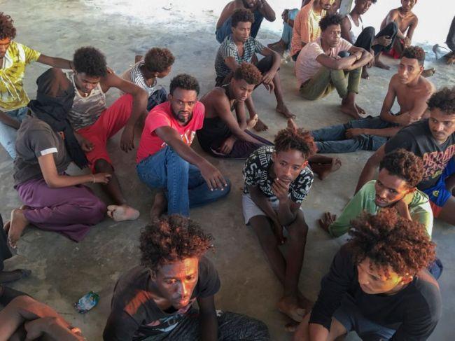 Grécko žiada ostatné krajiny EÚ o spravodlivejšie prerozdelenie azylantov