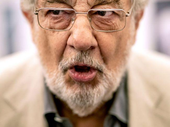 Opernú legendu Plácida Dominga obvinili zo sexuálneho obťažovania