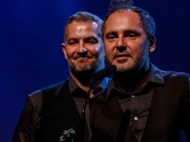 Vo veku 46 rokov zomrel spevák kapely Hex Peter Dudák