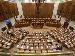Poslanci v prvom polroku 2019 strávili v pléne 40 rokovacích dní