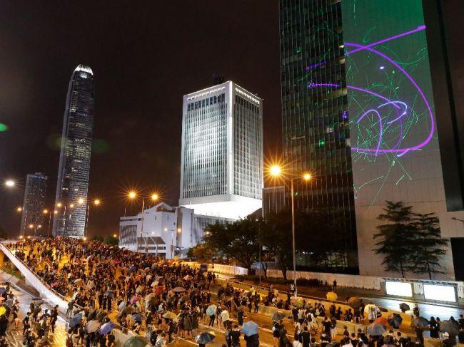 Čína varovala Kanadu, aby sa prestala miešať do Hongkongu