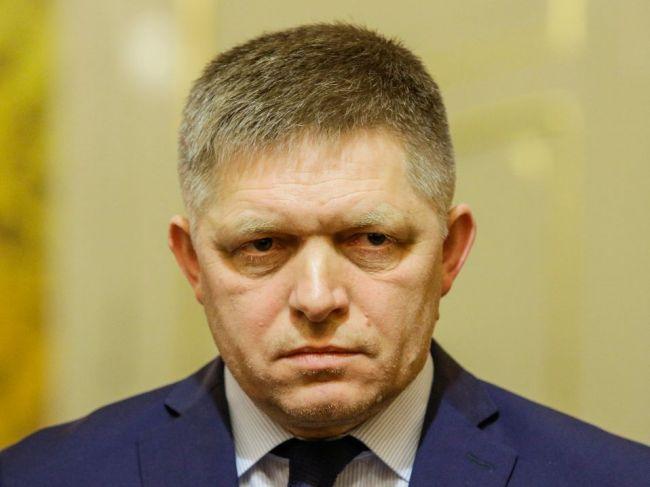 Fico pripúšťa, že by nemusel byť jednotkou na kandidátke Smeru