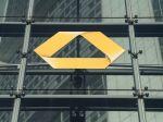 V Commerzbank zvažujú zrušenie ďalších 1800 až 2500 pracovných miest
