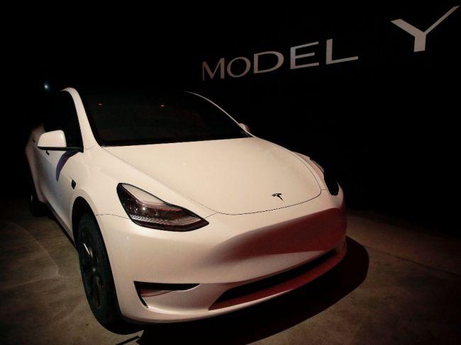 Americká automobilka Tesla zvýšila ceny svojich áut v Číne