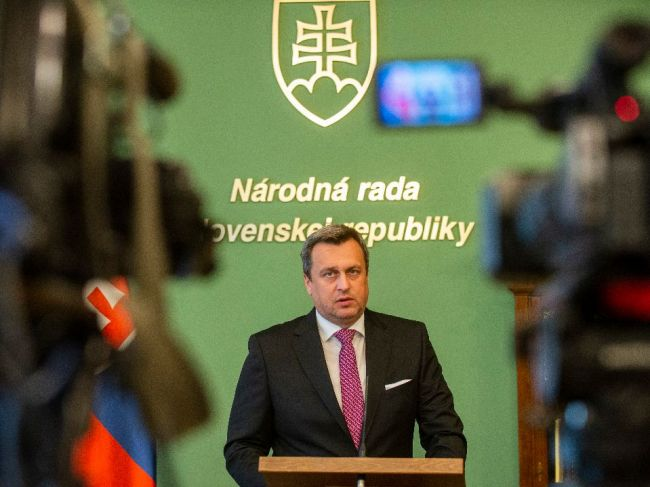 Polícia preveruje údajné vyhrážky o likvidácii šéfa parlamentu Danka