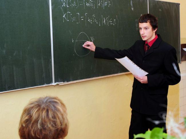 SaS nesúhlasí s povinnou maturitou z matematiky, MŠVVaŠ rozhodne až po diskusii
