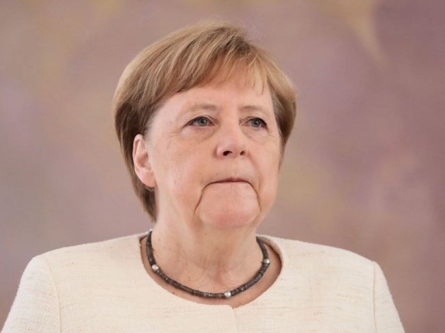 Merkelová: Nemecká vláda nemá prečo obnoviť vývoz zbraní do Saudskej Arábie