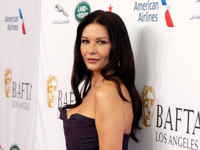Britská herečka herečka Catherine Zeta-Jonesová má 50 rokov