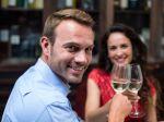 Prečo a ako dlho by ste pred počatím nemali piť alkohol
