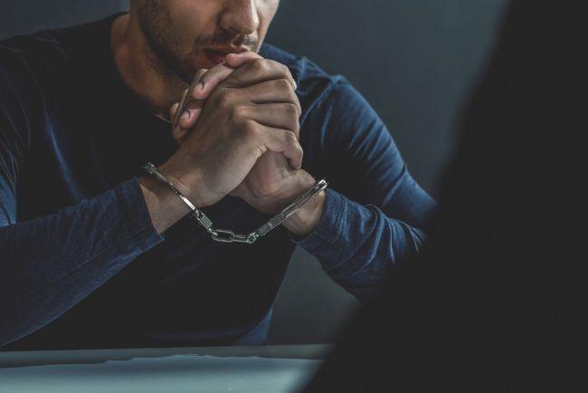 Zločinci by v Česku mohli prísť o azyl