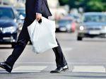 Obchodný reťazec na Slovensku do konca roka skončí s igelitovými taškami