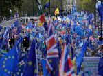 Za druhé referendum o brexite demonštrujú v Londýne desaťtisíce ľudí
