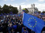 Británia: Poslanci schválili dodatok k dohode o brexite