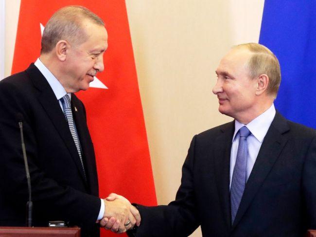 Erdogan: Turecko a Rusko budú spoločne hliadkovať na severe Sýrie