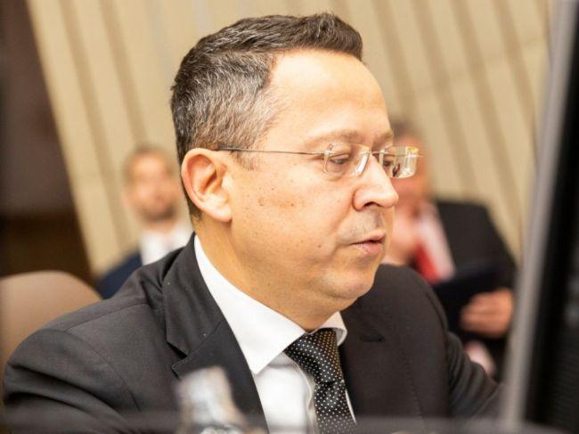 Kamenický: Bankový odvod prešiel na rokovaní vlády jednomyseľne