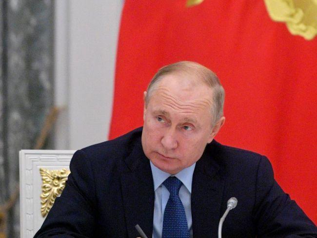 Putin pozval Trumpa na oslavy 75. výročia Dňa víťazstva v Moskve