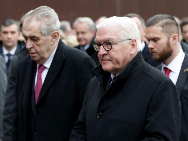 Nemecko: Steinmeier prijal prezidentov krajín V4