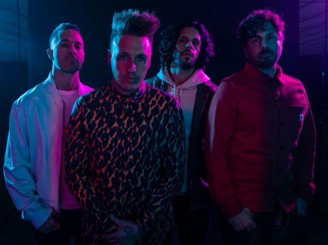 Papa Roach spája sily s Hollywood Undead a v marci prídu na Slovensko!