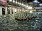Záplavy v Benátkach si vyžiadali najmenej jednu obeť