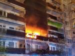 V dome s vozíčkarmi horelo, zomrel jeden človek