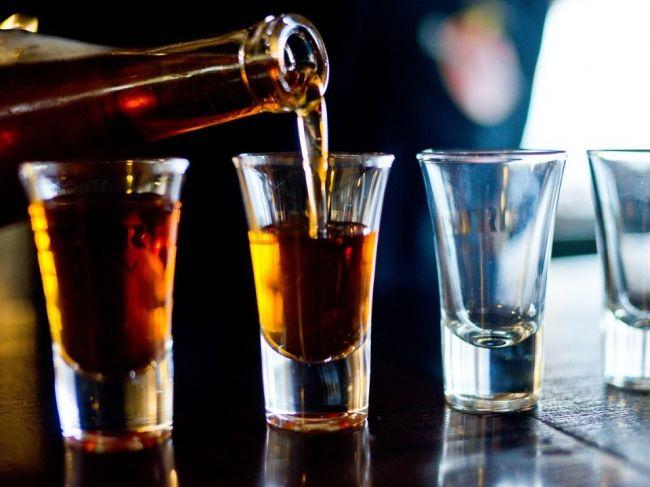 Ako dokáže alkohol ovplyvniť cirkadiánny rytmus pečene