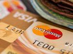 Pri používaní platobných kariet je na mieste zvýšená opatrnosť