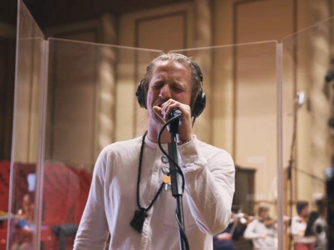 Tomáš Klus vydal album Klusymfonie, predstaví ho aj v Bratislave