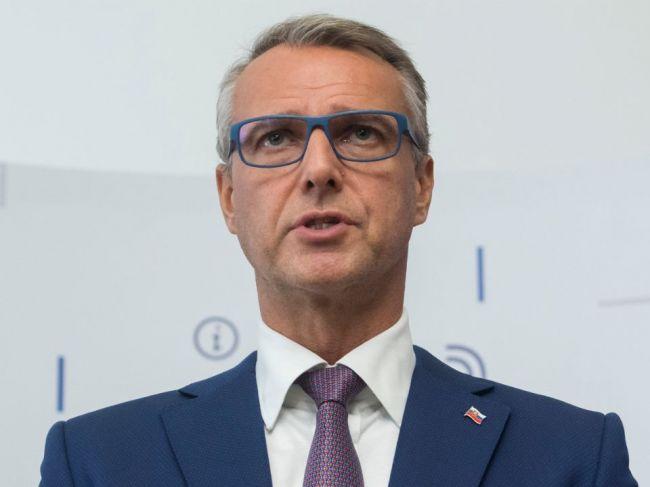 Raši: Krajiny EÚ sú z hľadiska 5G sietí neutrálne v spore medzi USA a Čínou