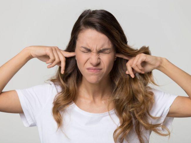 V akom prípade je pískanie v ušiach príznakom rakoviny?