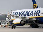 Ryanair musí znížiť prepravnú kapacitu v lete, meškajú dodávky Boeingov