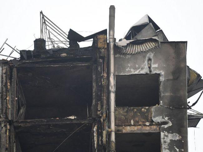 Statici preskúmavajú bytový dom po výbuchu plynu