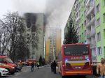 Majitelia bytov v okolí zničenej bytovky si ich môžu ísť zabezpečiť