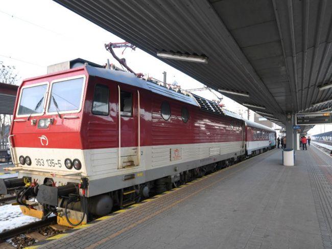 Po zrážkach s vlakom zahynuli v uplynulé dni traja ľudia