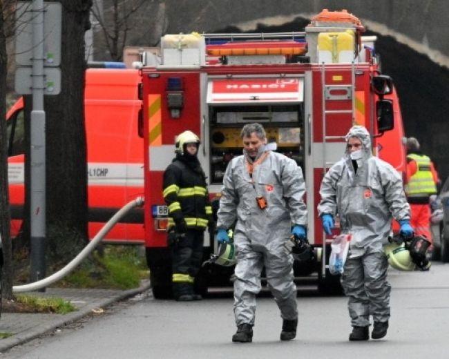 V byte našli mŕtveho muža a výbušniny, desiatky ľudí museli evakuovať