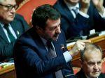Salviniho vyšetrujú pre neoprávnenie využívanie policajných a hasičských lietadiel