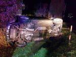 Mladá žena pod vplyvom alkoholu spôsobila nehodu