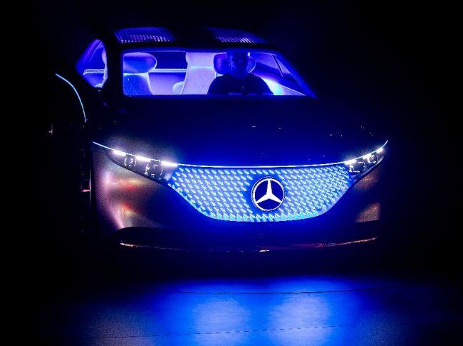 Daimler radí, aby sa štáty nespoliehali len na automobilový priemysel