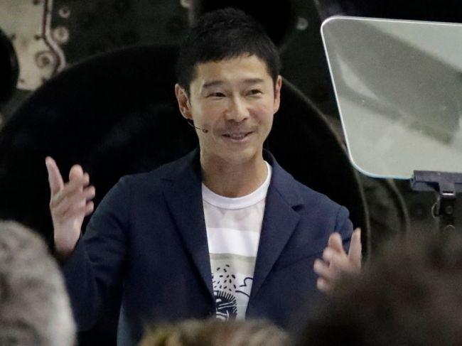 Japonský miliardár si hľadá partnerku na cestu okolo Mesiaca